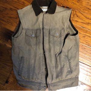 Iron & Resin Rambler vest